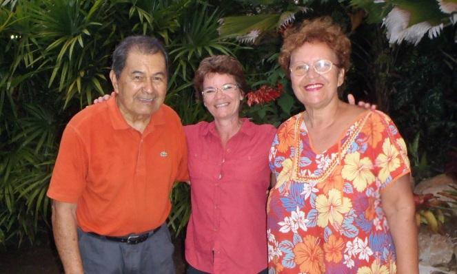 Avec mes hôtes de Moorea, Pierrot (88 ans) et Marilène (64 ans)